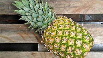 Направете си сироп за кашлица от ананас! По-ефективен от тези в аптеката!