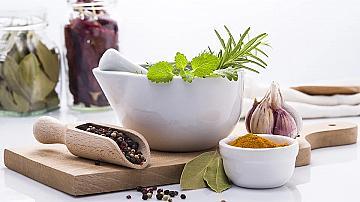 Бабини идеи и хитрости в кухнята за по-вкусни ястия