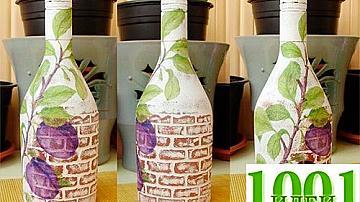 Бутилка с декорация от релефни тухлички