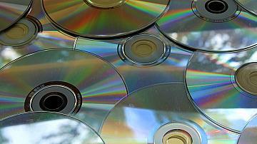 Ето какво можем да изработим от старите дискове