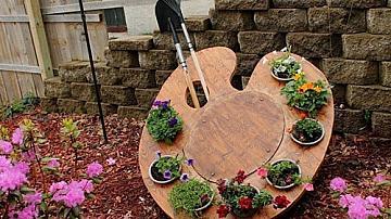 Да си направим цветарник-палитра за градината