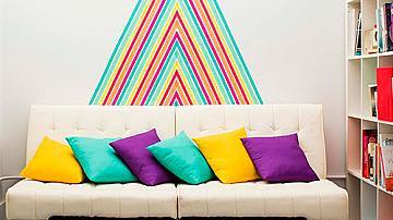 Оригинална декорация за стена с цветно тиксо