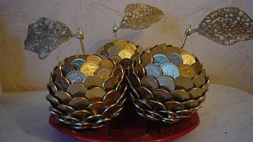 Декоративни ябълки от монети