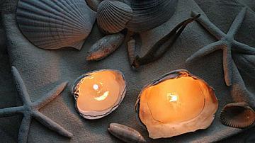 Декоративни свещи в морски стил