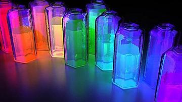Да си направим ефектна нощна лампа в стъклен съд
