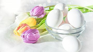 18 идеи как да аранжираме яйцата в чиниите за Великден