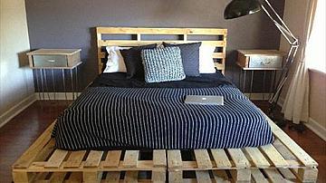 Няколко идеи за спални и легла от палети