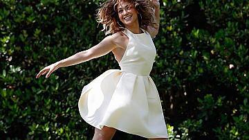 Как да създадете илюзията за по-дълги крака като Дженифър Лопес