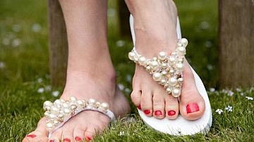 Как да си направим красиви чехли за лятото