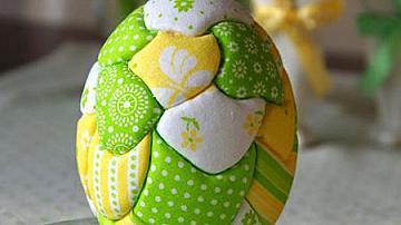 Великденски яйца с техниката пачуърк без игла