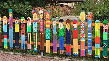 Креативни декоративни огради за двора и градината