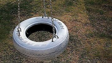 Люлка от автомобилна гума