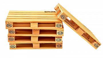 Облицовайте стените у дома или на вилата с дъски от палети