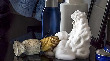 Да почистваме дома с пяна за бръснене - нетрадиционни начини за употреба