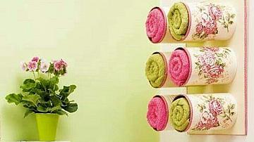 Поставка за хавлии от консервни кутии