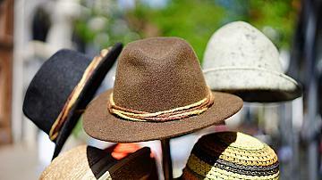 Да си направим стенна закачалка за шапки