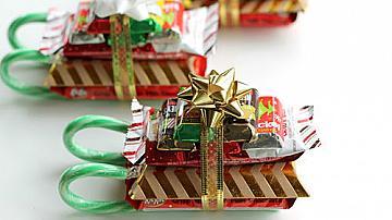 Коледни шейнички от лакомства
