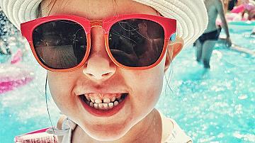 Защо трябва децата да носят слънчеви очила + Модни тенденции 2020/21