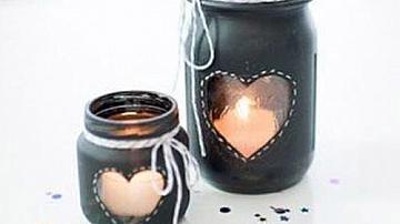Свещници от буркани за Свети Валентин